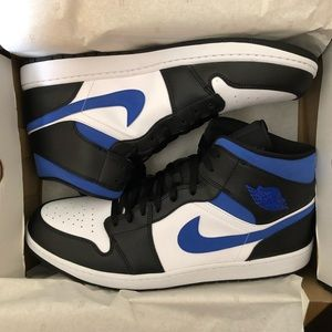 New Jordan Black & Royal Blue Size 18
